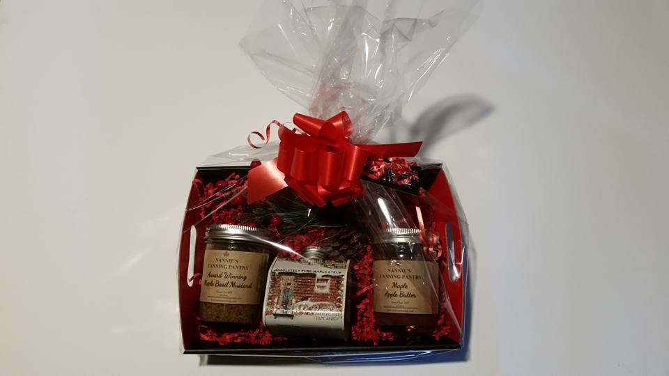f6992808ab3 Maple Lovers Gift Basket – Nannie s Canning
